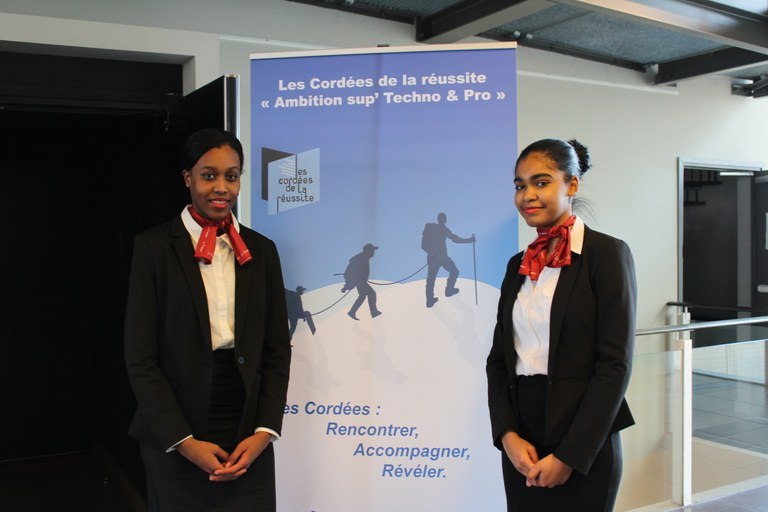 conference-la-cordee-de-la-reussite-au-mk-2
