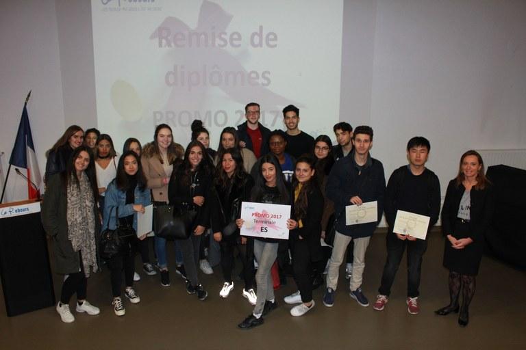 remises-des-diplomes-baccalaureant-16-novembre-2017